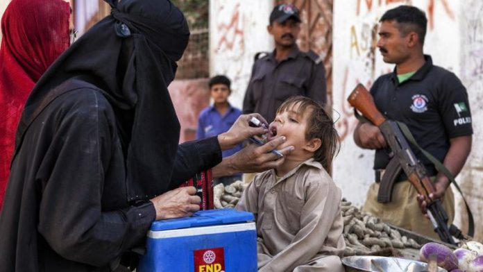 policeman on polio security killed