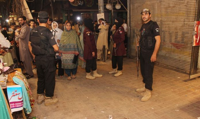 Lady police commandos deployed at shopping markets in Peshawar