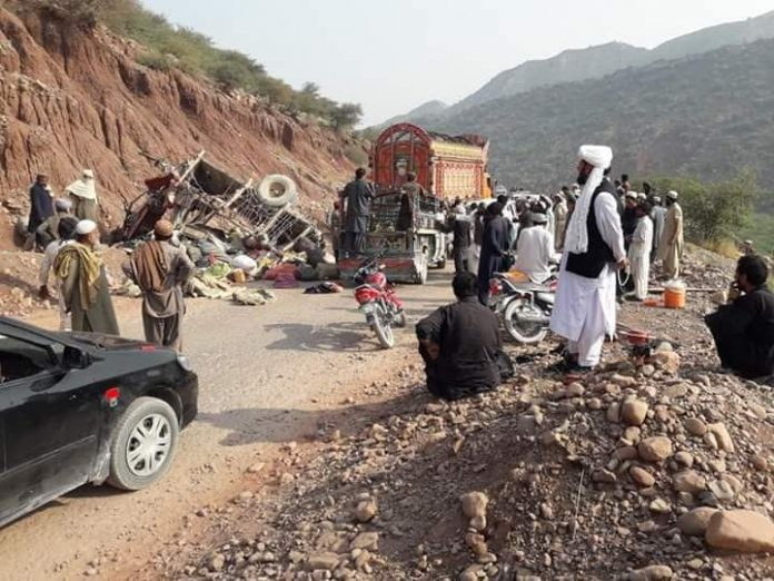 DERA ISMAIL KHAN: At least six people lost their lives and 23 others have been injured in road accidents in Dera Ismail Khan and Torghar districts of Khyber Pakhtunkhwa. In DI Khan, a tractor carrying a gypsy family and its luggage overturned in Sarobi area of Drazinda tehsil on Wednesday. Three people of a family, including two women, lost their lives in the accident, while 11 others were injured. The administration said the injured persons were shifted to hospital. The local people helped in the rescue activity. Earlier, three people, including two women, were killed and another 12 were injured when a passenger jeep plunged into a ravine in Torghar on Tuesday. The jeep was travelling to Bakot village from Judbah when the driver lost control over it while negotiating a sharp turn. The vehicle skidded off the road and plunged into the ravine. District Police Officer (DPO) Janis Khan confirmed the incident and said the injured people were shifted to hospital. Policemen arrived at the scene and shifted the injured to the Civil Hospital in Judbah from where almost all the injured were referred to the Ayub Medical Complex hospital in Abbottabad. Road accidents mainly happen in KP due to poor condition of roads and untrained drivers. Last week, six persons of a family lost their lives in a traffic accident in DI Khan. Dr Naseem, who was appointed at District Headquarters Hospital, was travelling in a car along with his mother, two sisters, wife and two children from Miakani area to DI Khan city on Monday night when his vehicle collided with a bus in Pasha Khani area. Police said Dr Naseem, his two sisters, mother and two children died on the spot, while his wife was critically injured. Two brothers were killed in a firing incident over a domestic dispute in North Waziristan tribal district on Wednesday. Local sources said the incident happened in Narikot area of Miranshah tehsil where a man shot dead his son-in-law and his brother. The sources said the daughter of Aleem 