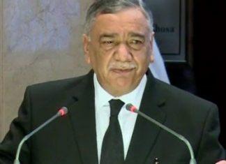 CJP Asif Saeed Khosa responds to PM Imran's statement on judiciary